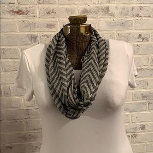 New infinity scarf.  1 size.  black/white pattern.